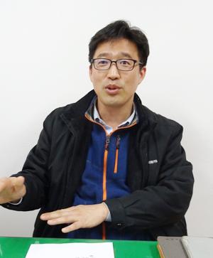 김경완 신덕약품 대표