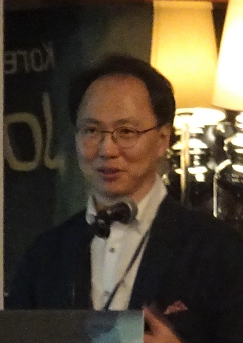 최인학 교수