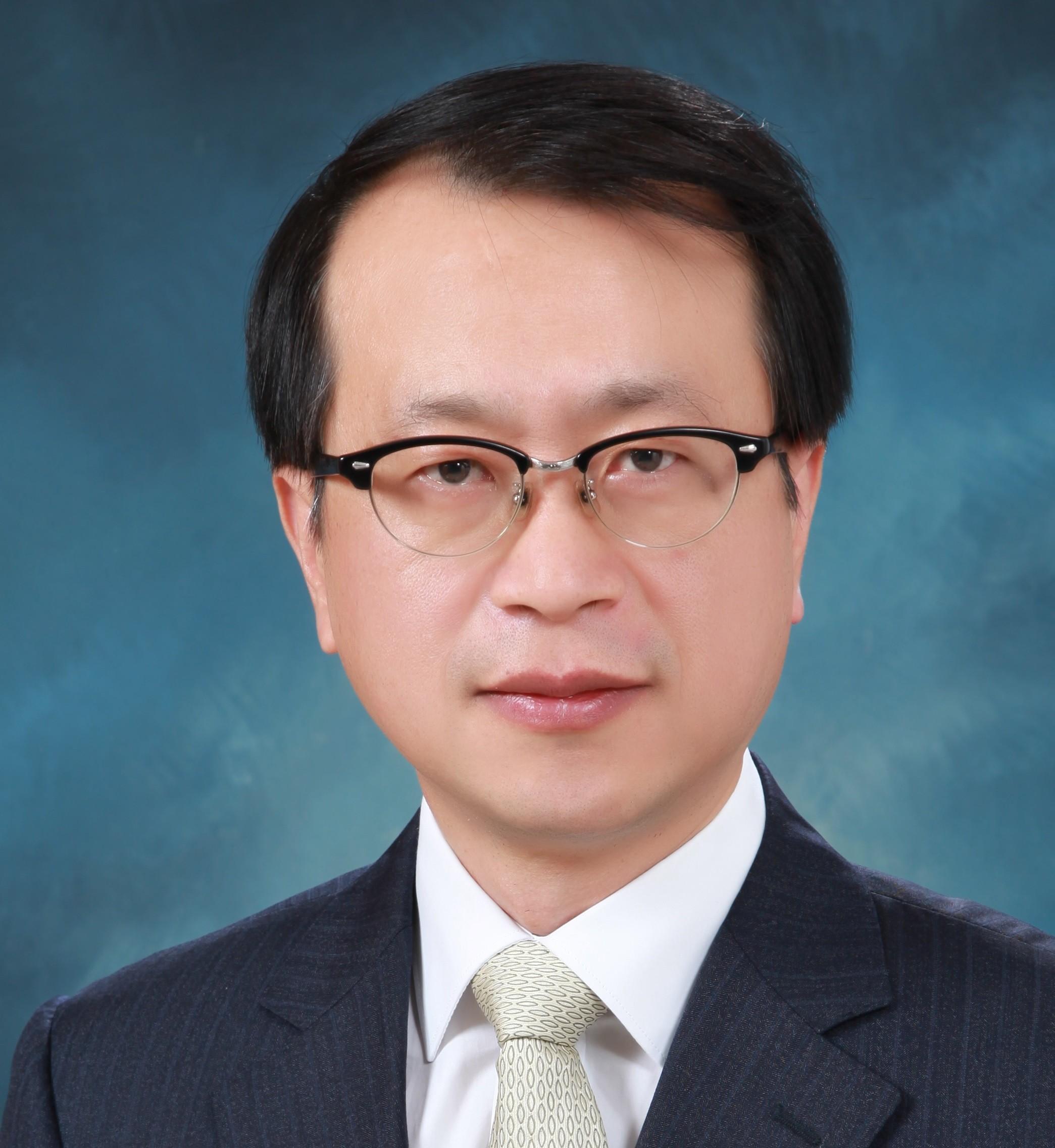 서울대병원 암통합케어센터 윤영호 교수