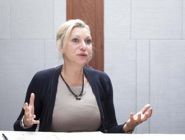 사노피 젠자임 글로벌 메디컬 디렉터 셀레나 프레이슨스(Selena Freisens) 박사