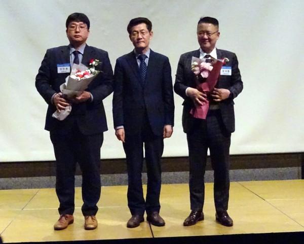 (왼쪽부터)이인현 부장, 김선기 과장, 유석환 대표