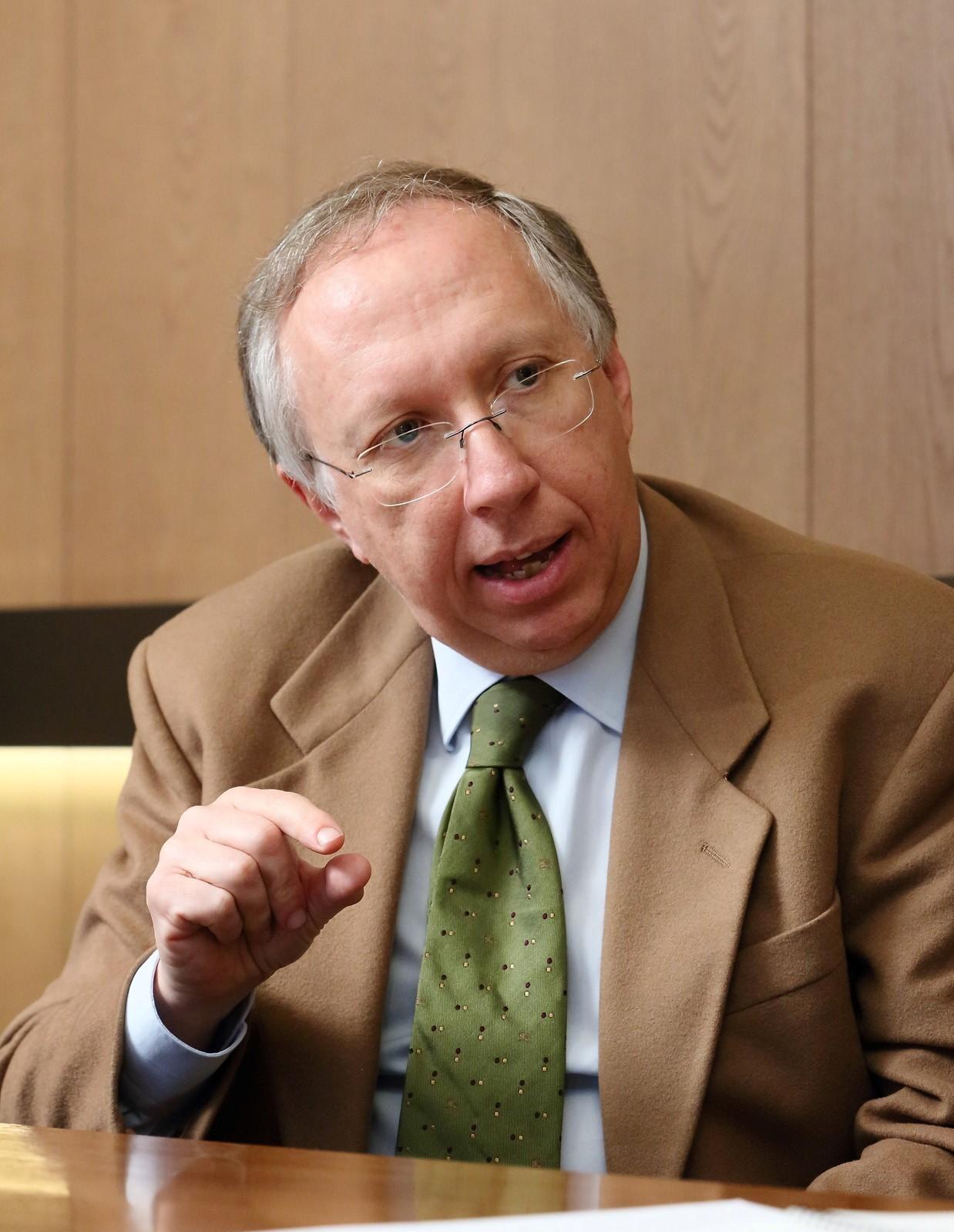 니콜리노 루페르토(Nicolino Ruperto) 박사