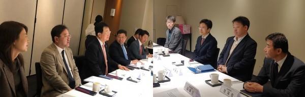 1차 약정협 회의를 진행하는 약사회 측 관계자들(왼쪽)과 복지부 관계자들