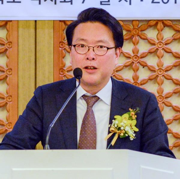 본지 함성원 사장