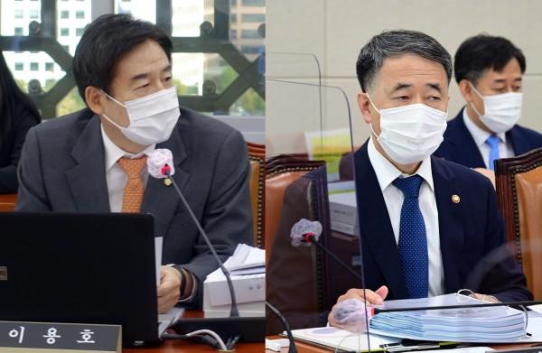 이용호 의원(왼쪽)과 박능후 장관(국회 전문기자협의회 사진 제공)