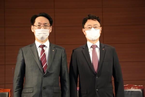 홍주의 회장당선인(좌)과 황병천 부회장당선인(우)