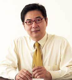 김수신 박사 (성형외과 전문의 / 의학박사)